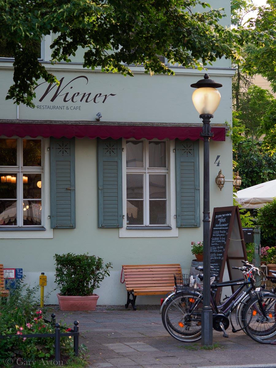 Weiner Cafe