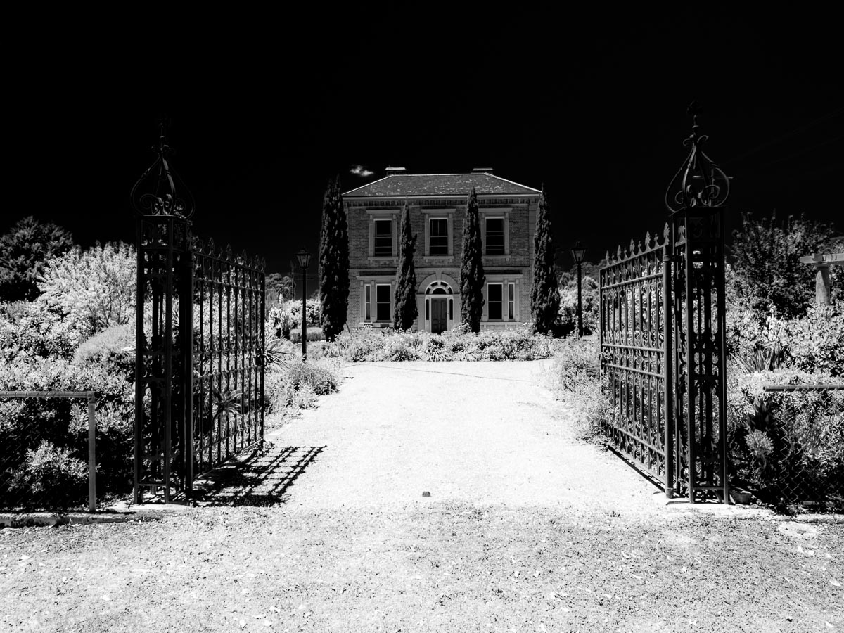 Dunolly mansion
